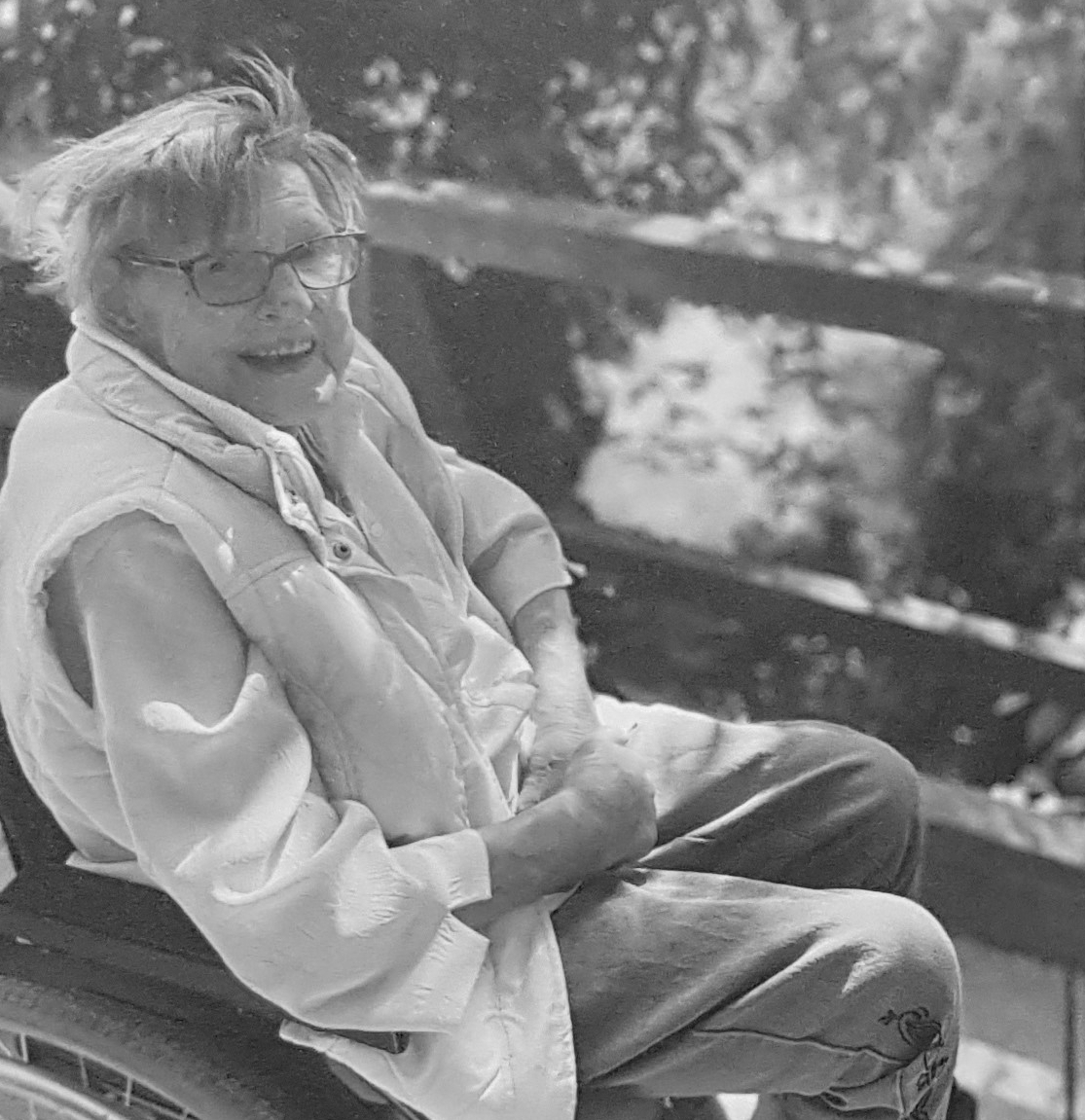 Irmgard Schrammen starb am 17. Oktober 2020 im Alter von 91 Jahren. Sie war Ehrenmitglied und fast zwanzig Jahre lang im Vorstand des Begegnungszentrums Kinderhaus.